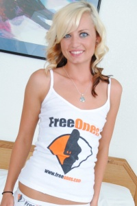 Tiny Tiff Wearing Freeones Attire - Picture 3